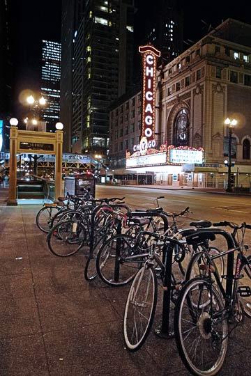chicago-theater-1-p1000354
